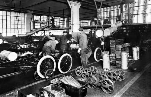 Form car assembly line